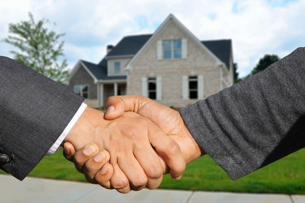 Why a Home Cash Buyer is an Ideal Solution in a Public Health Crisis